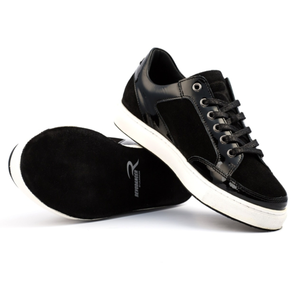 Revodancer Tanzsneaker Nerro Low Top aufeinander